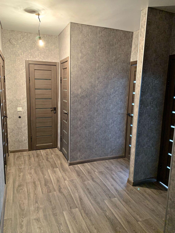 105 серия, 2 комнаты, 56 кв. м Бронированные двери, Дизайнерский ремонт, Без мебели: 105 серия, 2 комнаты, 56 кв. м Бронированные двери, Дизайнерский ремонт, Без мебели