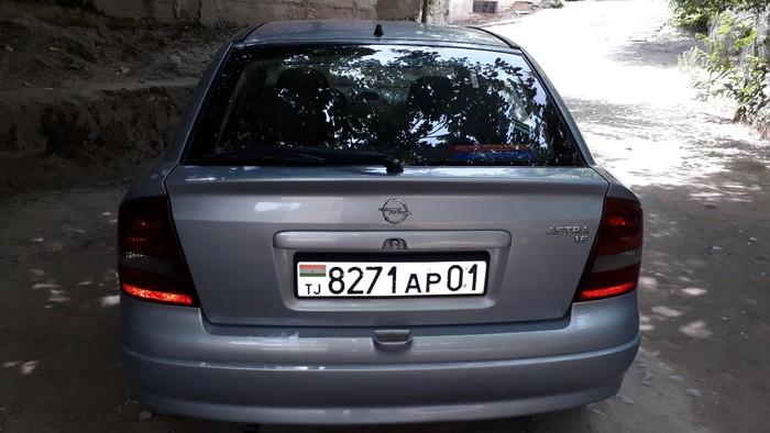Opel Astra GTC 2003. Photo 2