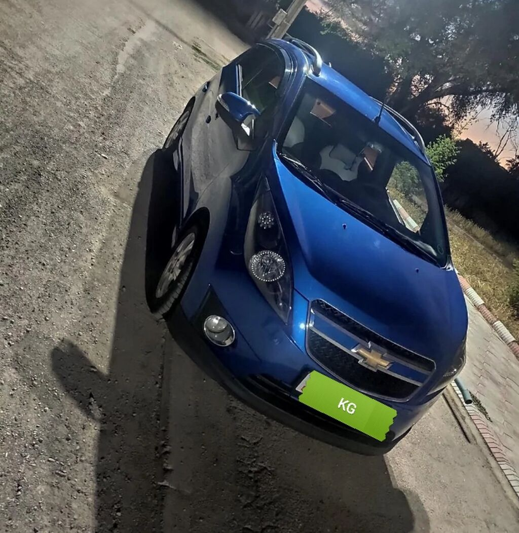 Chevrolet Spark 1 л. 2010 | 117000 км