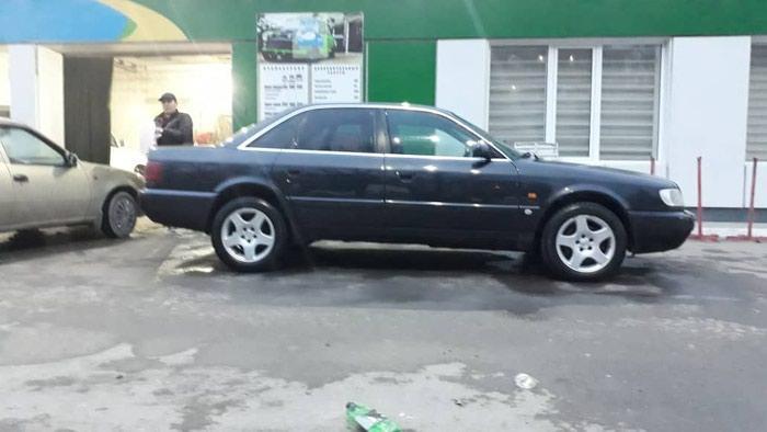 Audi A6 1995. Photo 0