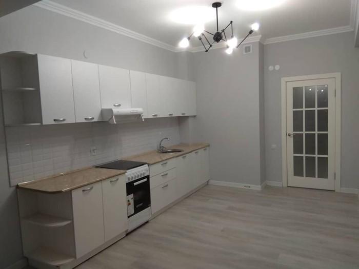Продается квартира: 3 комнаты, 96 кв. м., Бишкек. Photo 1
