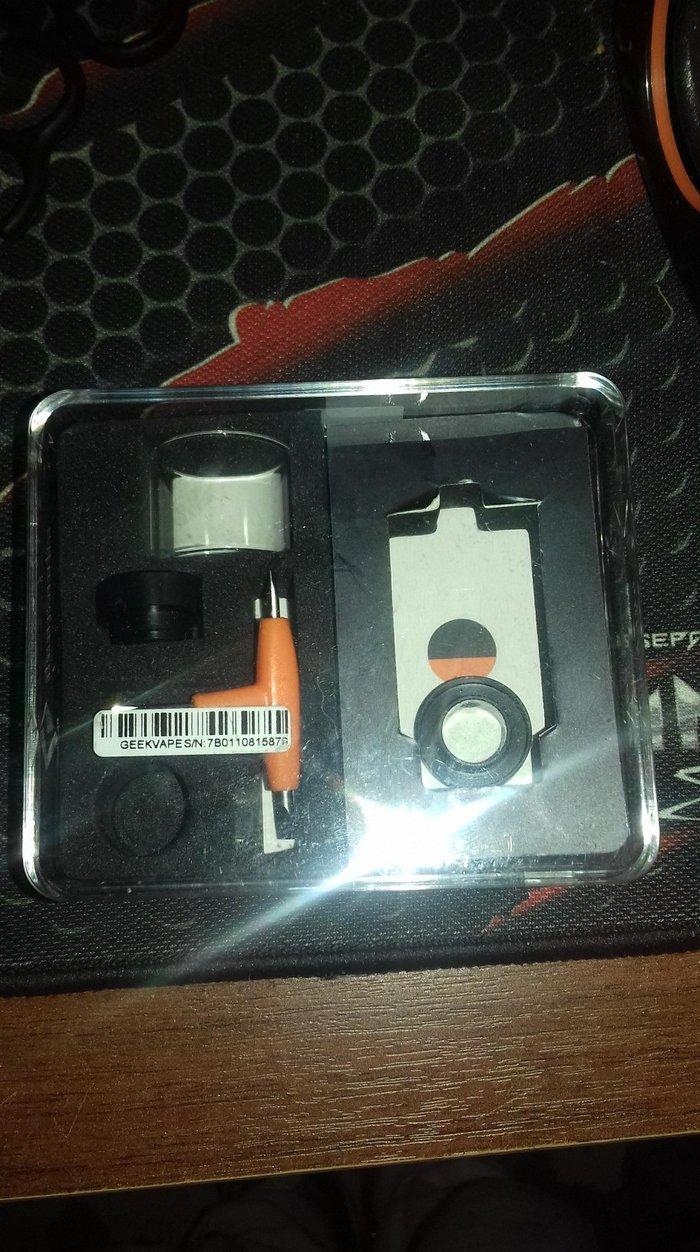 Ηλεκτρονικό τσιγάρο. αγορασμένο πριν μερικές  εβδομάδες. και δώρο αντα. Photo 0