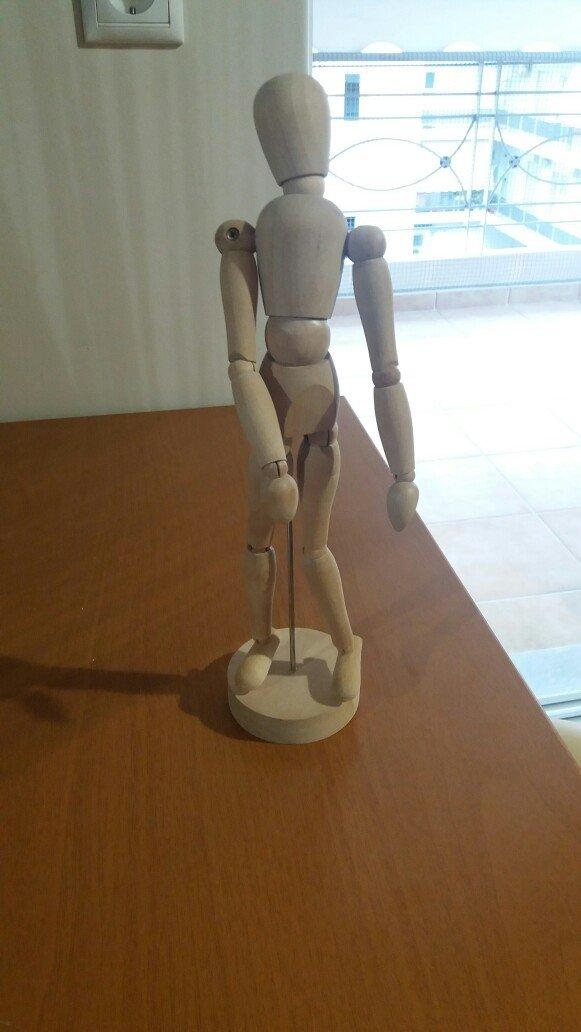 Διακοσμητικό ανθρωπάκι ικεα 24 εκατοστά ύψος. άριστη κατάσταση. Photo 0
