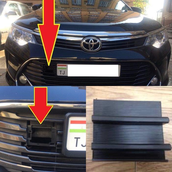 Буксировочная заглушка от Toyota Camry 2017
