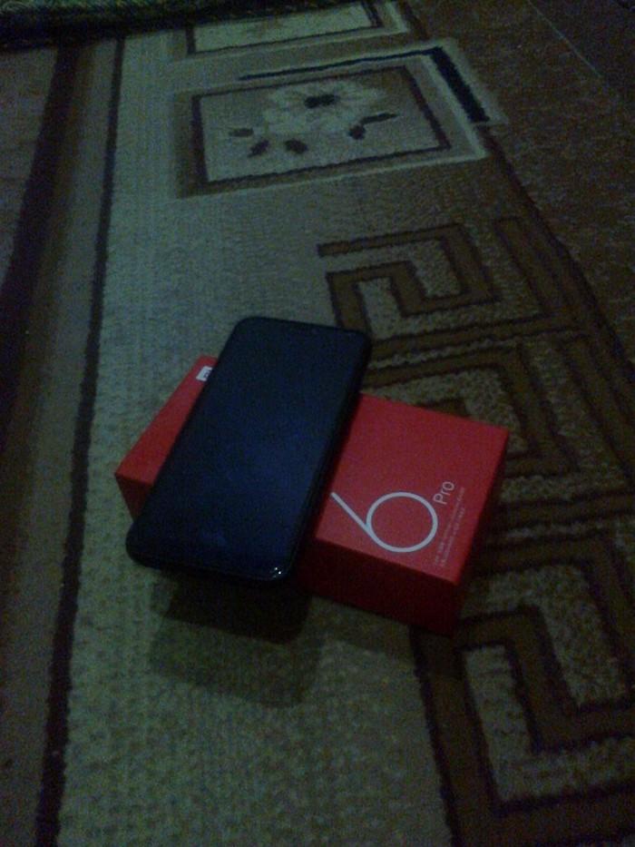 Redmi 6 Pro. Photo 1