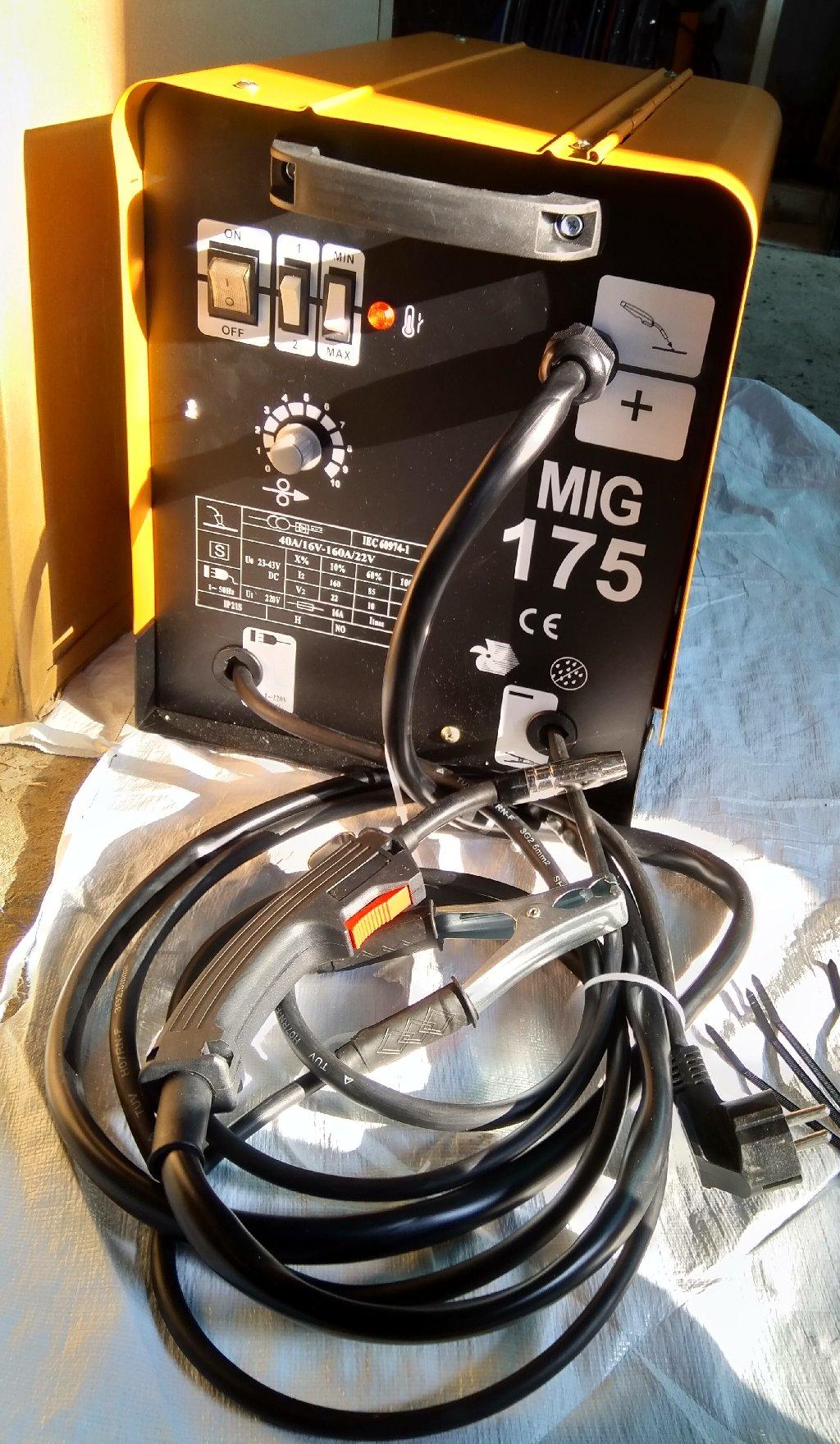 Ηλεκτροκόλληση σύρµατος MIG 175A τροχήλατη προσφέρει κόλληση με αέριο και χωρίς αέριο, κολλάει σίδηρο ινοξ αλουμίνιο flux Ικανοποιεί τις ανάγκες και των πιο απαιτητικών µε την µεγάλη αντοχή κατά τη χρήση, τις υψηλές αποδόσεις και την ποιότητα της συγκόλλησης που προσφέρει