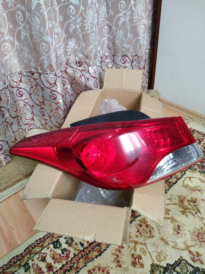 Hyundai Elantra 2012 sol arxa stop şüşəsi catlayıb. Photo 0