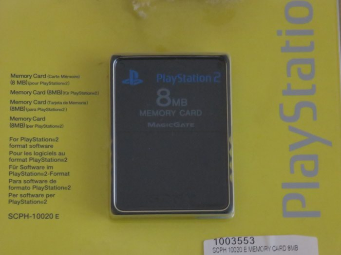 Memory card 8MB PS2 κλειστη στη συσκευασια της. Photo 0