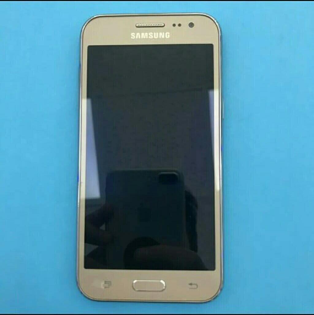 Telefon yaxşı veziyyetdedir. Samsung galaxy j2 1 gb ram 8 gb yaddaş