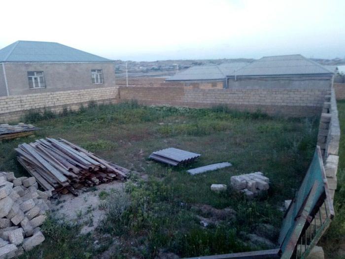 Bakı şəhərində Tecili Mehdiabadda 0.6sot torpaq satilir torpagin senedleri cixarisi