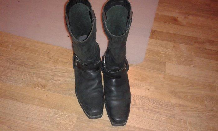 Δερμάτινες ανδρικές μπότες 44 νούμερο. Photo 0