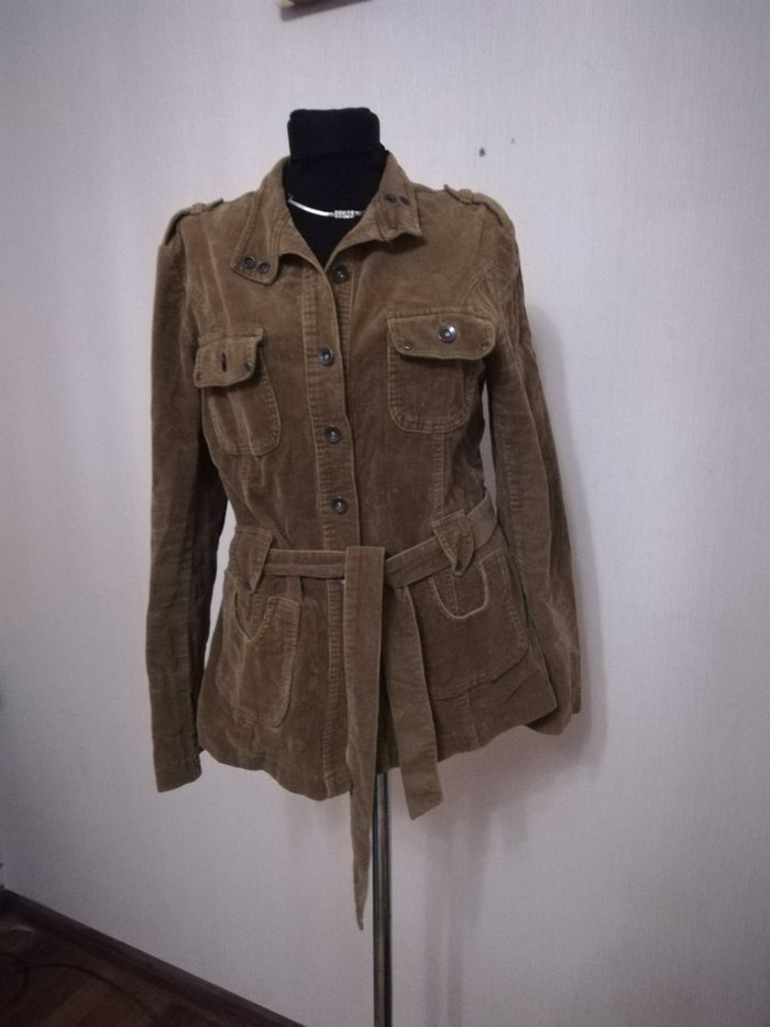 Куртка женская. Сост отличное. Отдам за 300 сом. Р. 44. Photo 0