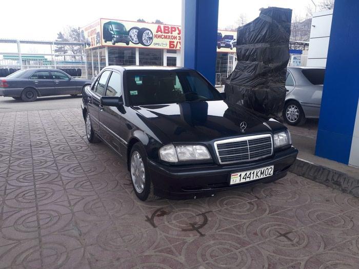 Mercedes-Benz C 180 1997 в Душанбе