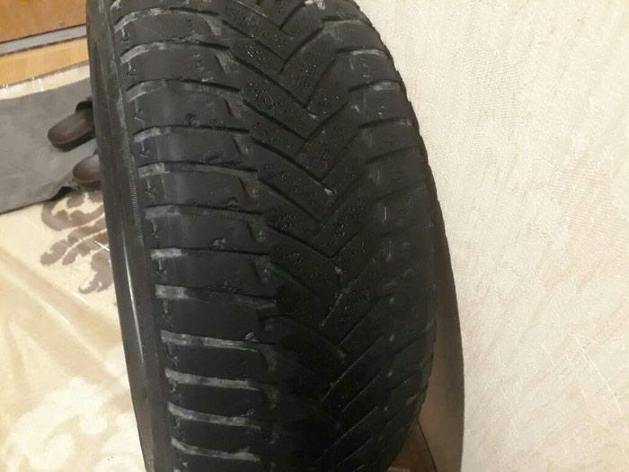 Dunlop 2 cüt təkər. Şporlar əladır. ölçüsü 225/60/15. Photo 2