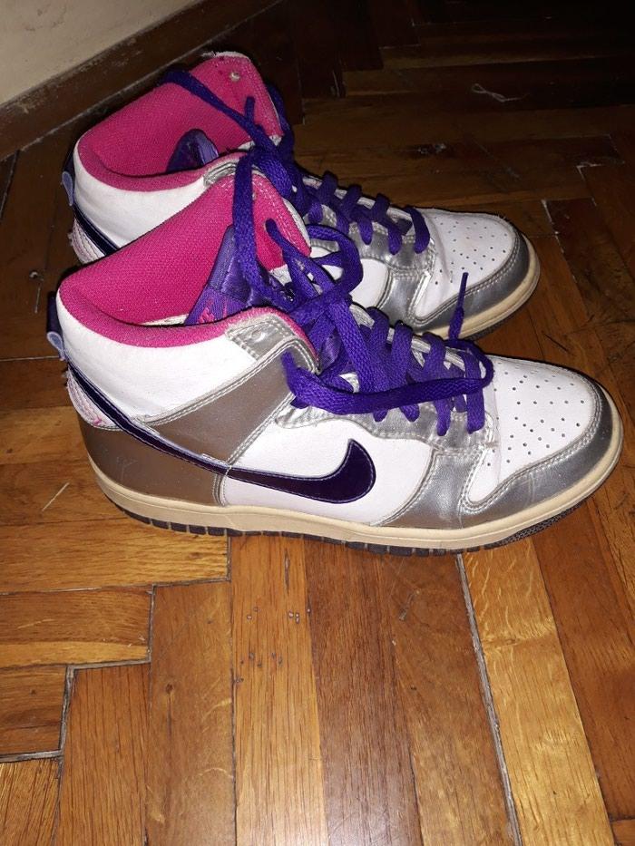 Nike patike, broj 38,5 (dužina gazišta 24cm).. Photo 0