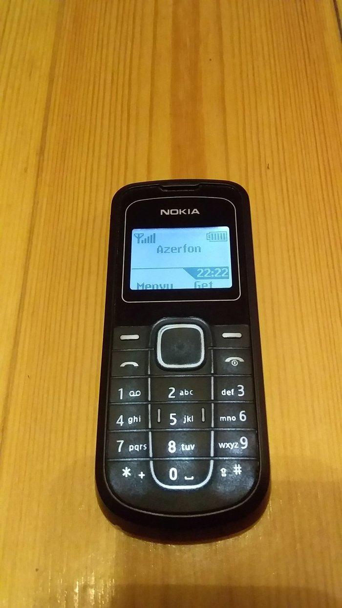 Bakı şəhərində Nokia 1202.ela vezyyetde.