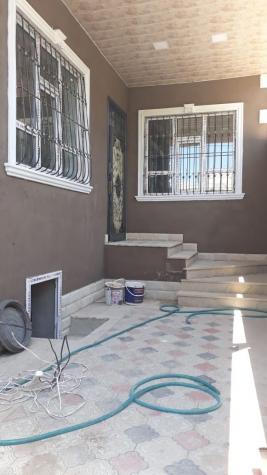 Satış Evlər vasitəçidən: 85 kv. m., 3 otaqlı. Photo 1