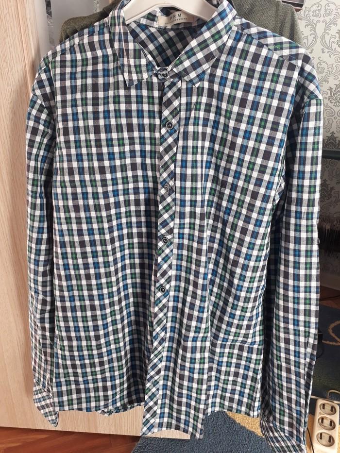 Мужская рубашка 50размер сост новое  250 в Бишкек