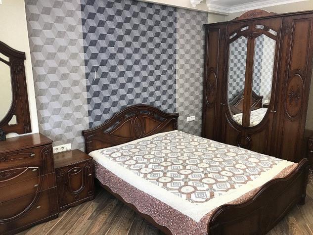 Продается квартира: 4 комнаты, 140 кв. м., Бишкек. Photo 5