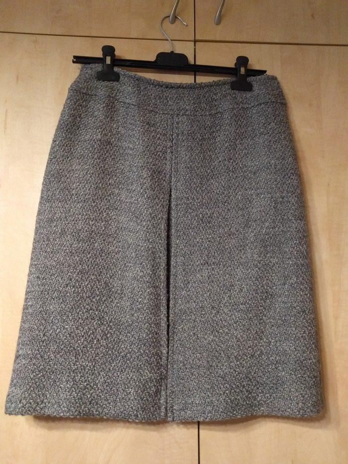 Nova zimska suknja Sandra Pabst br 36 prelep model, dužima 57 cm