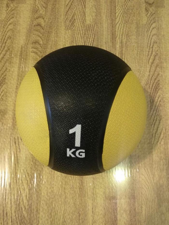 Metsinbol-1kq dan 6kq-a qədər bütün çəkilər var,orjinal maldı,yerə vurduqda tullanır