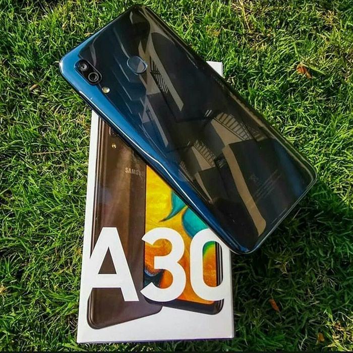 Новый Samsung 32 ГБ Синий. Photo 0