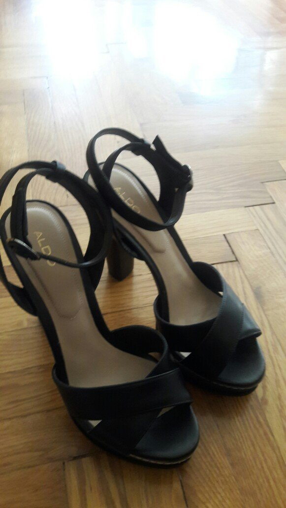 Nove, aldo kozne sandale br. 37 . Photo 2