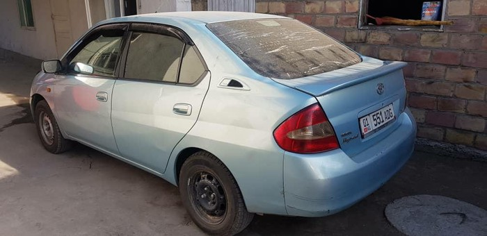 Toyota Prius 2000. Photo 3