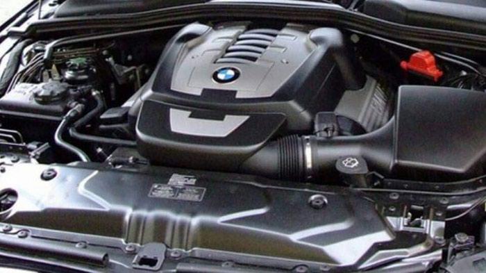 BMW 550 2008. Photo 1