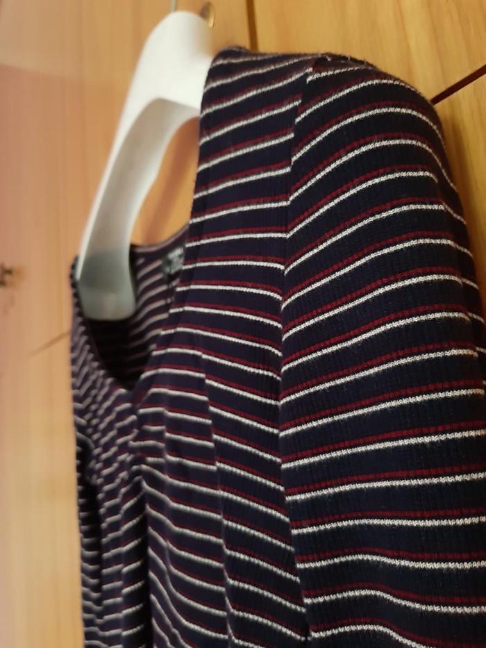 Μπλούζα νούμερο extra small από τα καταστήματα bershka. Photo 0