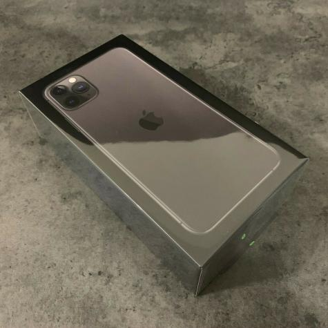 Apple iPhone 11 Pro Max - 512GB - Space Gray. Photo 0