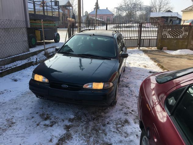Ford mondeo 1. 8 16v. Auto se prodaje u delovima. Elektro podizaci, - Pozarevac