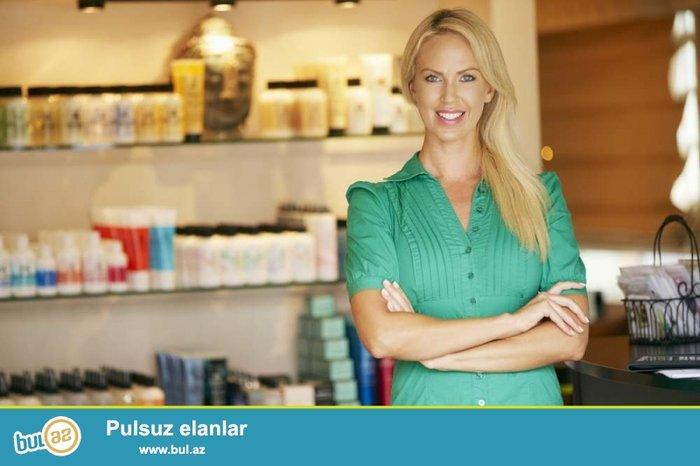 Bakı şəhərində Sederek Ticaret Merkezinde yerlesen oboy magazasina satici xanim teleb