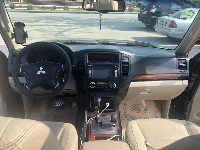 Mitsubishi Pajero 2007. Photo 4