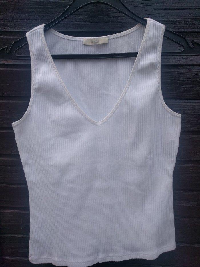 Bela Marks Spencer majica S - M veličine