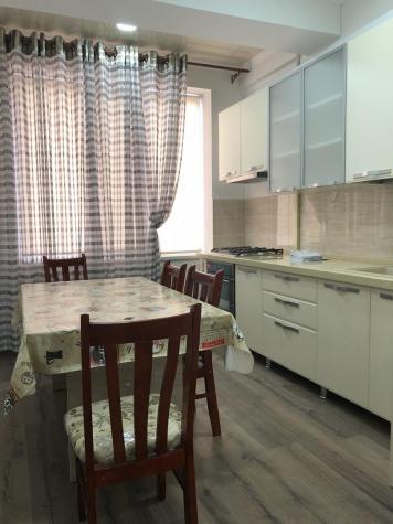 Продается квартира: 2 комнаты, 70 кв. м., Бишкек. Photo 0