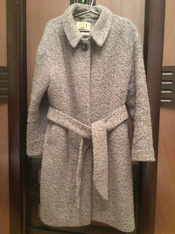 Palto bir sezon geyinilib 300 manata alinib 48 beden. Photo 0