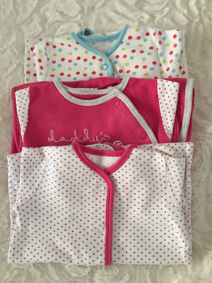 3 babygrows. 0-3 months. Excellent condition.. Photo 0
