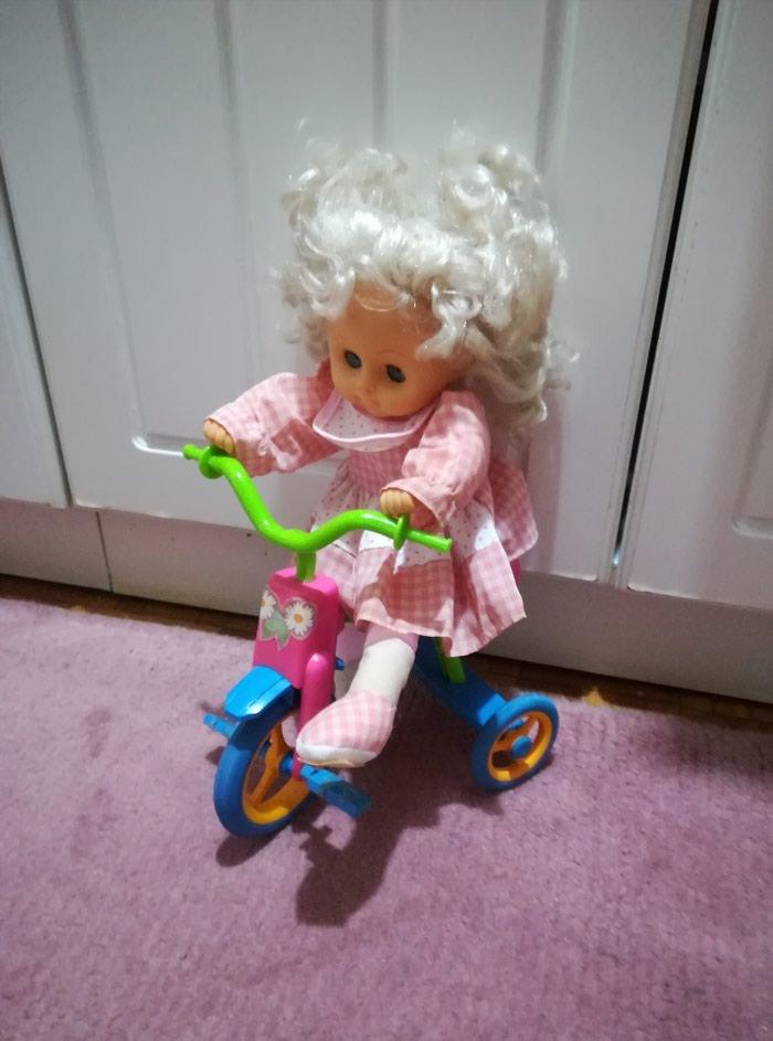Prelepa lutka na. biciklu očuvana. Photo 4