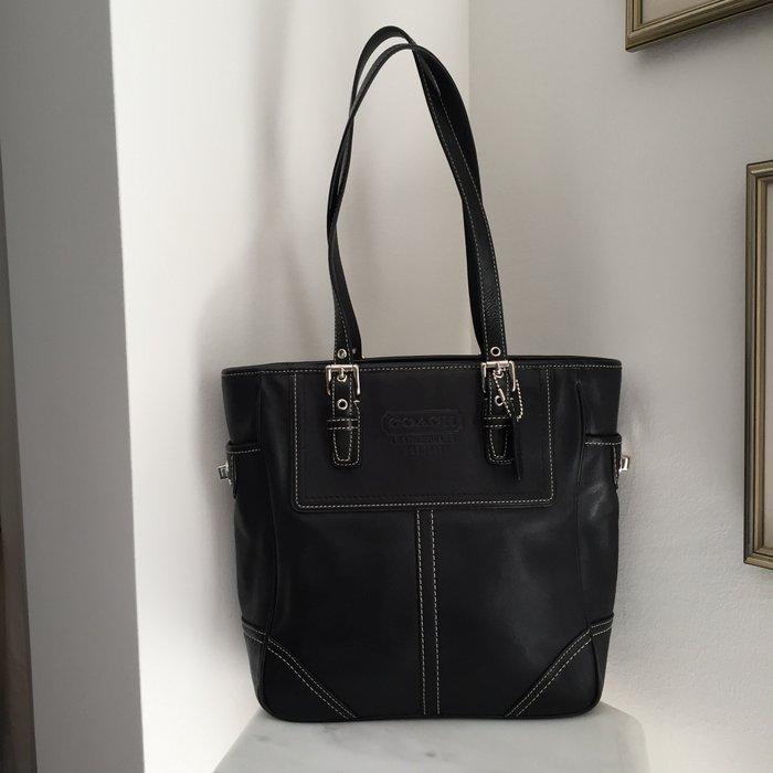 Coach New York Legacy μαύρη, δερμάτινη τσάντα. Photo 3