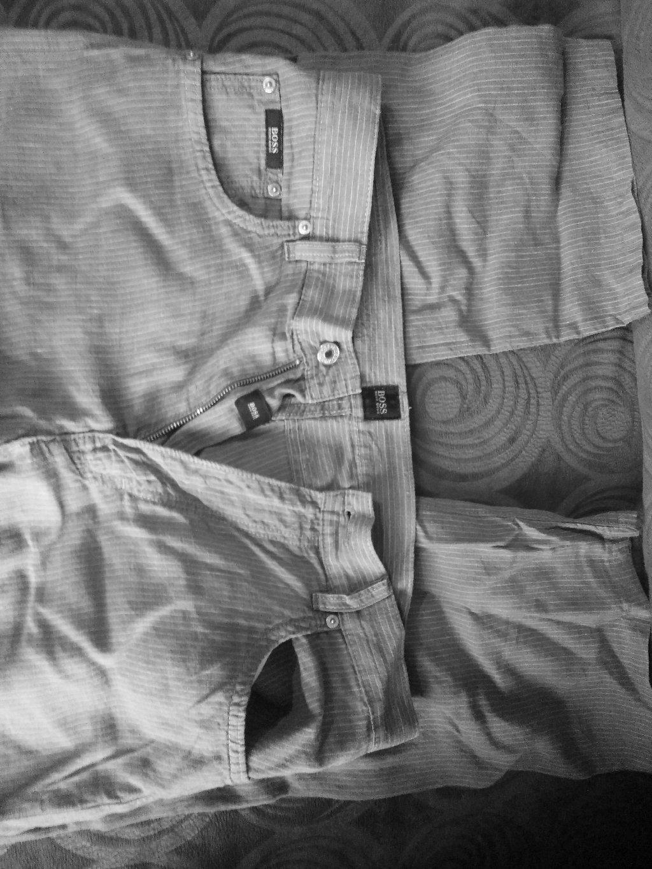 Παντελόνι HUGO BOSS, γνήσιο, καλοκαιρινό, αφόρετο, από την προσωπική μου καρνταρόμπα, μέγεθος 34-36