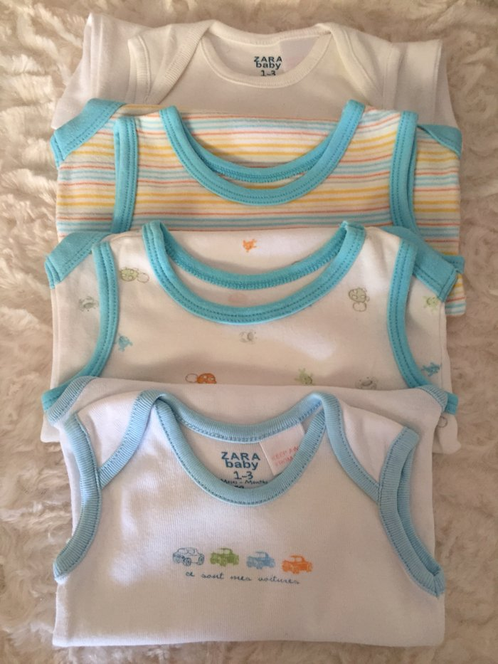 Selection of 4 vests. 0-3 months. Very good condition.  σε Νέα Σμύρνη