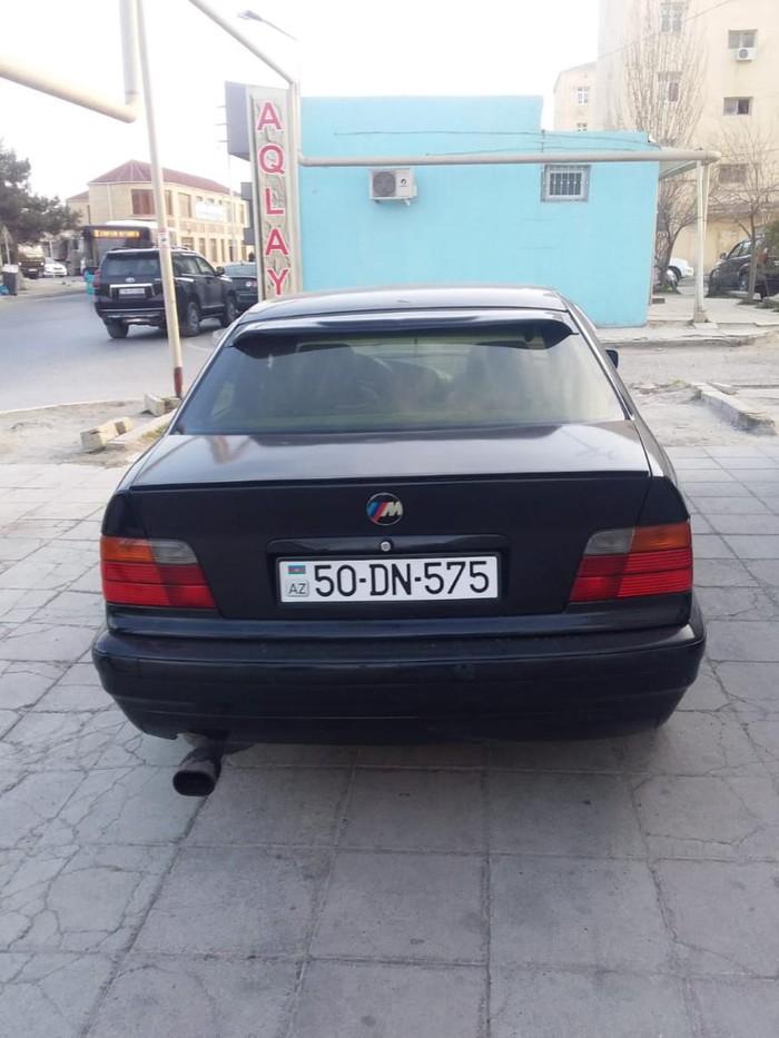 BMW 318 1995. Photo 8