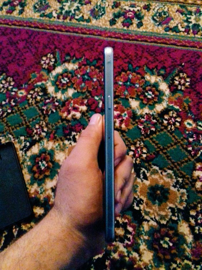 Samsung A7 2016. Photo 0