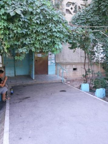 Продается квартира: 3 комнаты, 61 кв. м., Бишкек. Photo 4