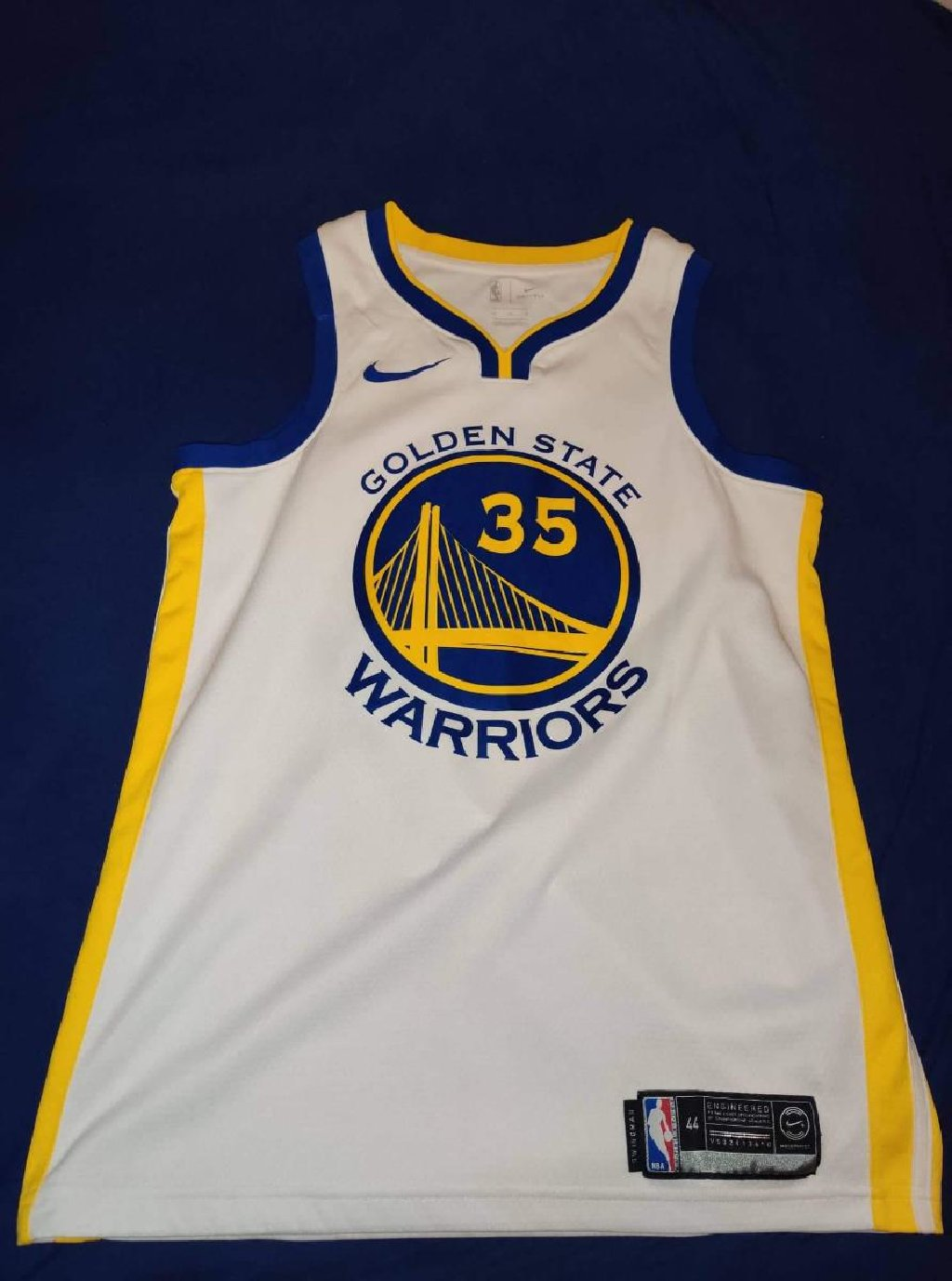 Πωλείται φανέλα γνήσια Golden State Warriors 50€ σαν καινούργια