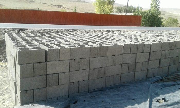 Пескоблок станок и дробилка камней.85шт поддоны.цена 450000 в Исфана