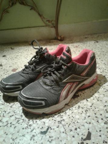 Αθλητικα παπουτσια reebok ,41 νουμερο , ελαχιστα φορεμενα. Photo 0