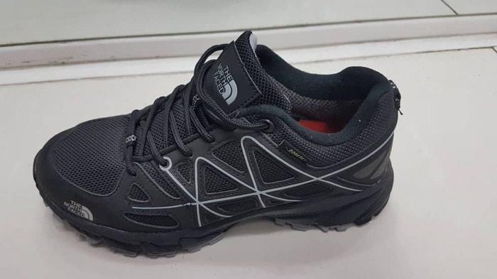 Кроссовки и спортивная обувь, цена  Договорная в категории Кроссовки ... 091eb079b83