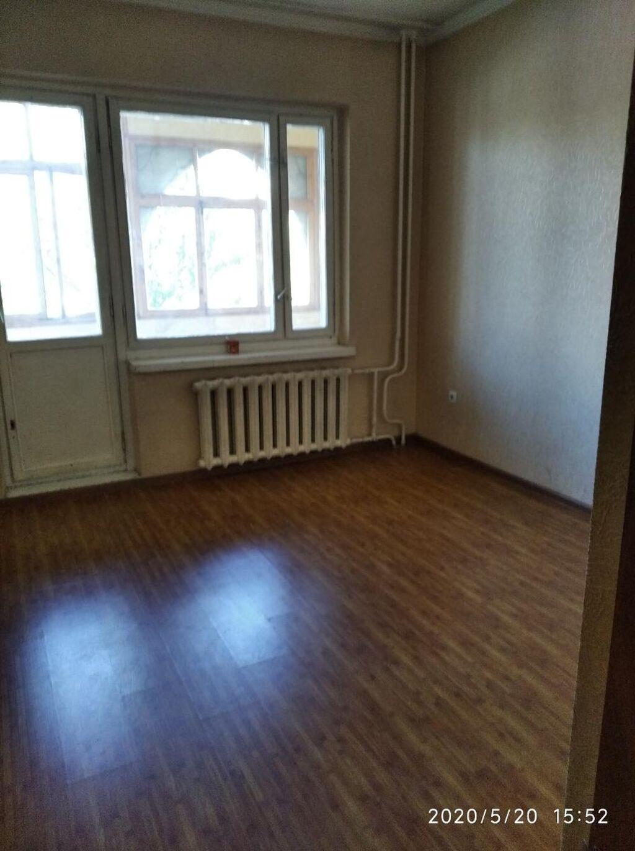 Сдается квартира: 2 комнаты, 56 кв. м, Манас